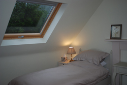 Large bedroom with own huge private bathroom, Primrose Room, Coynachie Guest House, Huntly